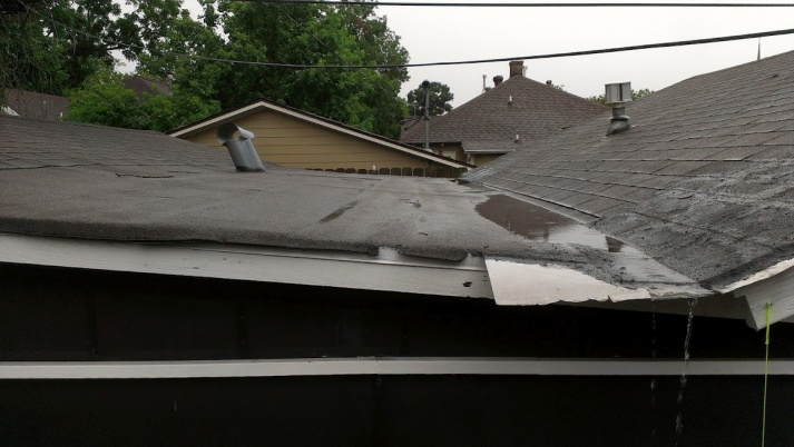 1930's low pitch roof-roof.jpg