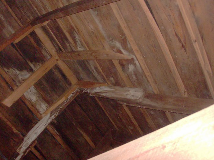 Ceilings and walls???-roof-structure-inside-4.jpg
