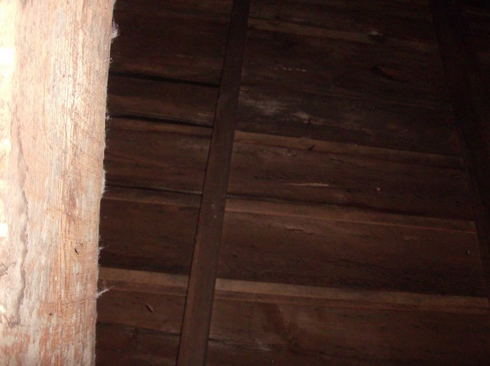 Ceilings and walls???-roof-structure-inside2.jpg