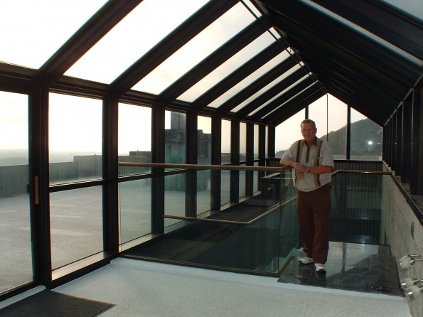 re-siliconing windows in metal frames-rooftop.jpg