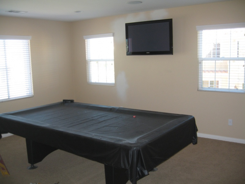 Need suggestions for Painting my game room...  PICS included.-room360-5.jpg