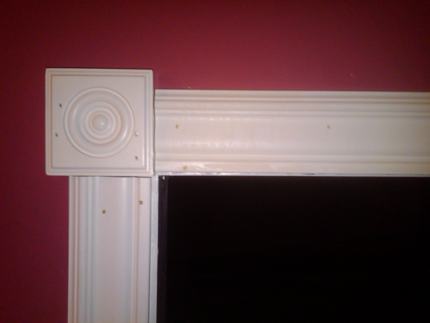 Attrayant Corner Rosettes And Doorway Trim Rosette Trim Pic