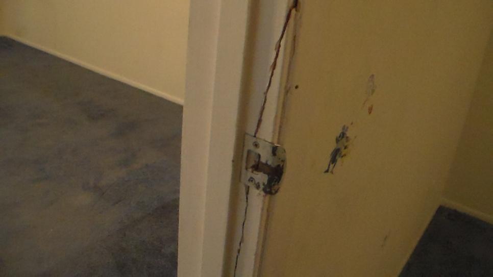 How To Fix A Door Frame - Photos Wall and Door Tinfishclematis.Com