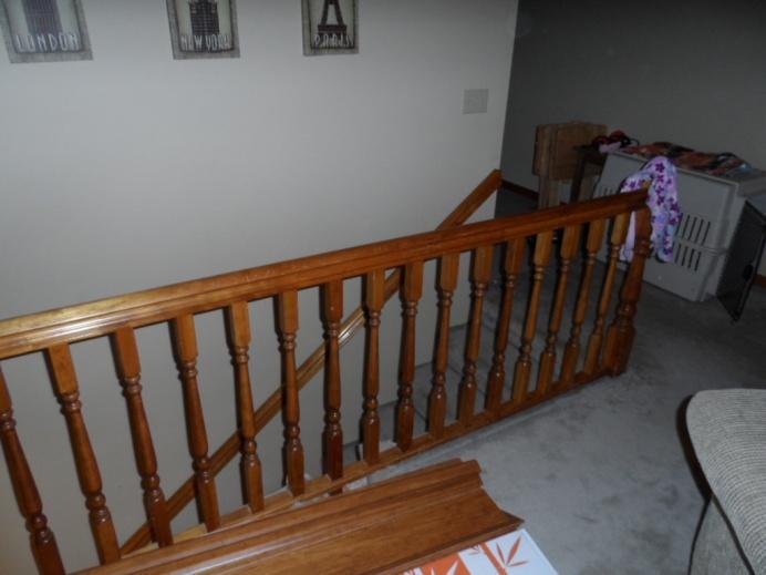 hardwood around stair handrail/banister?-sam_0623.jpg