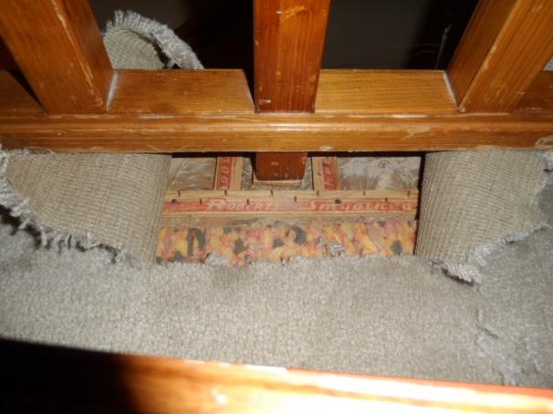 hardwood around stair handrail/banister?-sam_0624.jpg