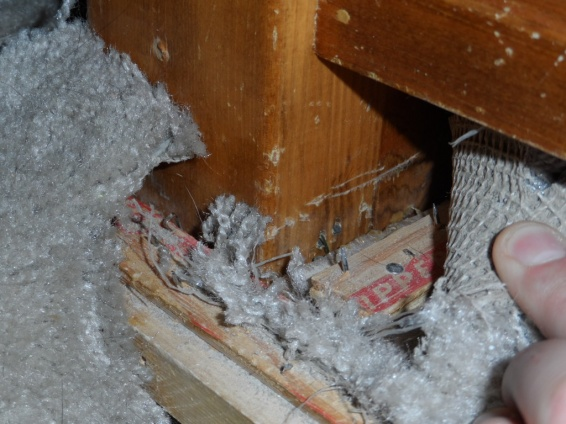 hardwood around stair handrail/banister?-sam_0627.jpg