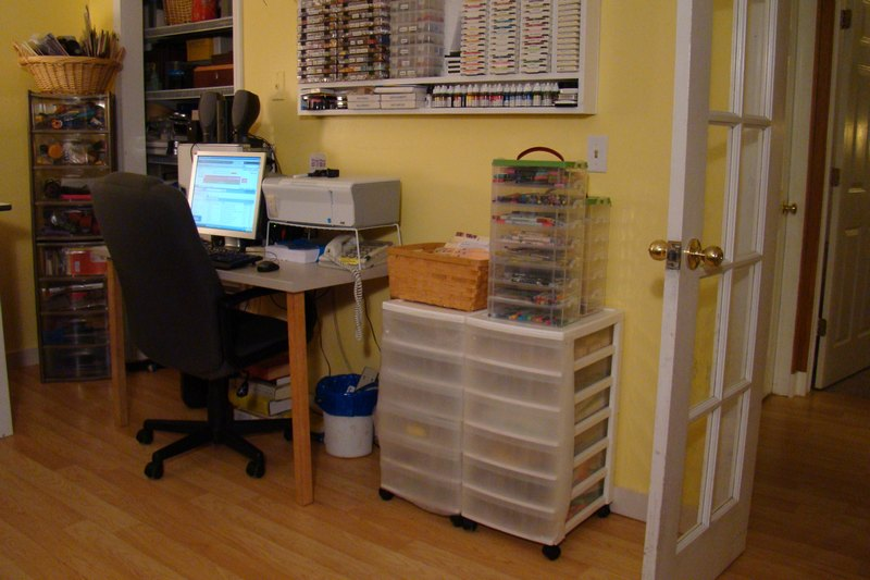 My scrapbooking room-sb-room-re-sized.jpg