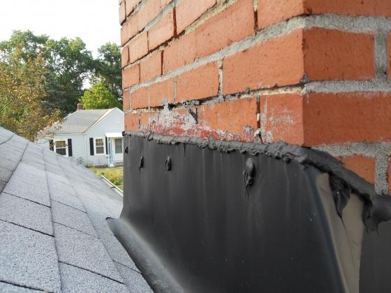 Moisture on interior chimney wall, need advice-sdc11571.jpg