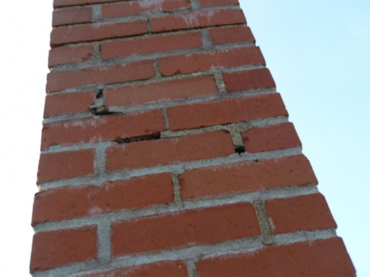 Moisture on interior chimney wall, need advice-sdc11572.jpg