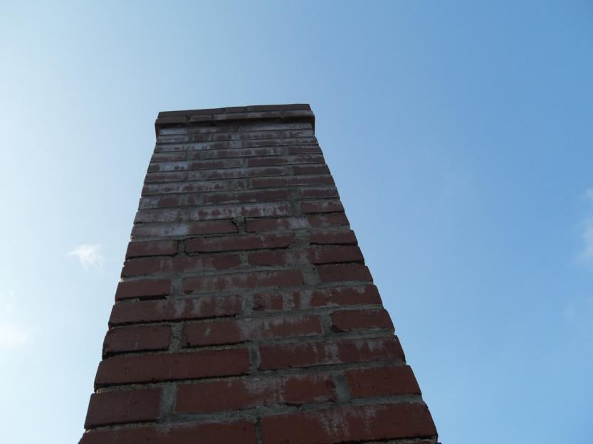 Moisture on interior chimney wall, need advice-sdc11573.jpg