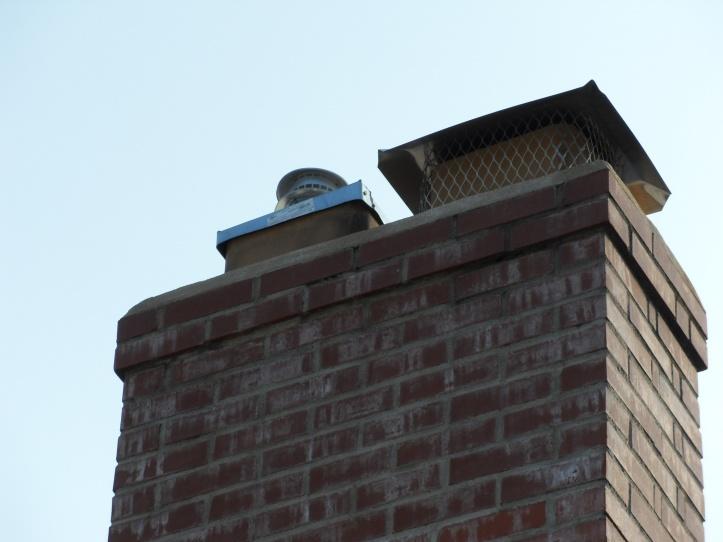 Moisture on interior chimney wall, need advice-sdc11577.jpg