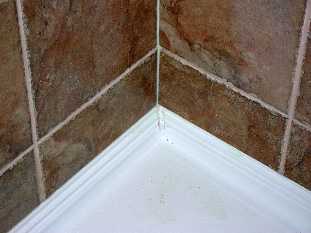 Large Porcelain Tiles for Shower Walls-sealed-caulked-002.jpg