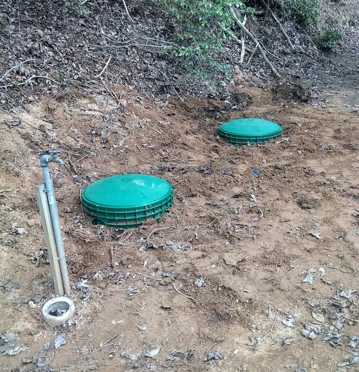 Indications you septic tank needs to be pumped?-septic-covers.jpg