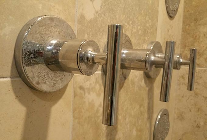 Kohler shower handle that destroyed my kitchen ceiling-showerhandle.jpg