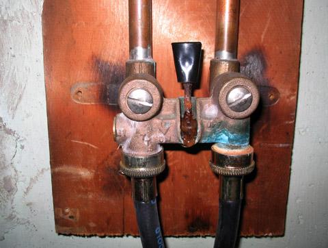 Washing Machine Leaking >> Washing Machine Shutoff Valve - Advice Needed... - Plumbing - DIY Home Improvement | DIYChatroom