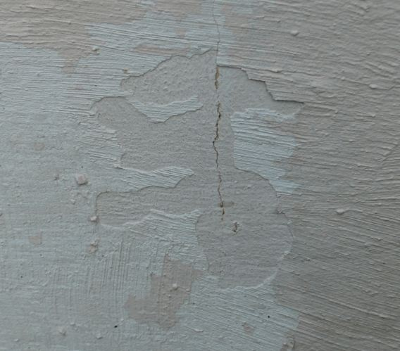 Preparing concrete block for stone veneer-skim-coat.jpg