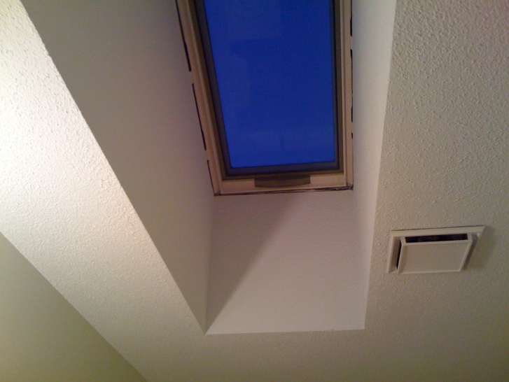 Hood / Microwave Exhaust Vent, Wall question-skylight.jpg