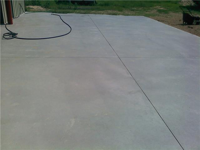 concrete cracking-slab.jpg
