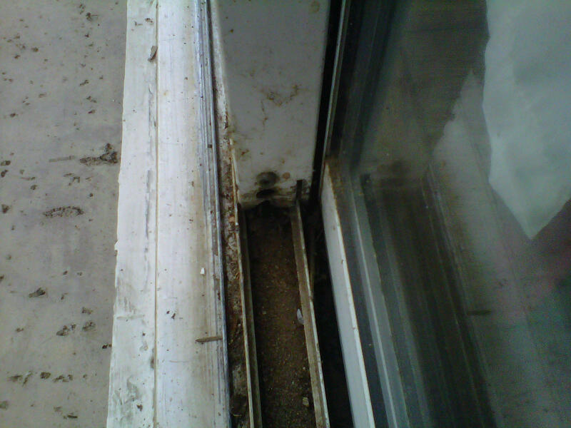 remove fixed pane slider-slider-1.jpg