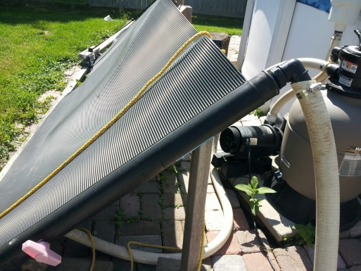 Simple pool solar heater-sloar-close.jpg