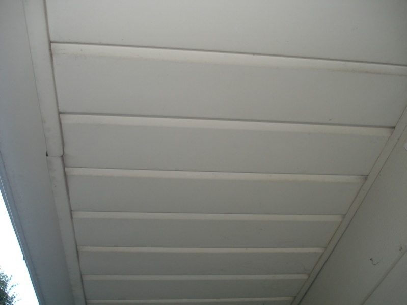 Question about installing soffit vents-soffit2.jpg