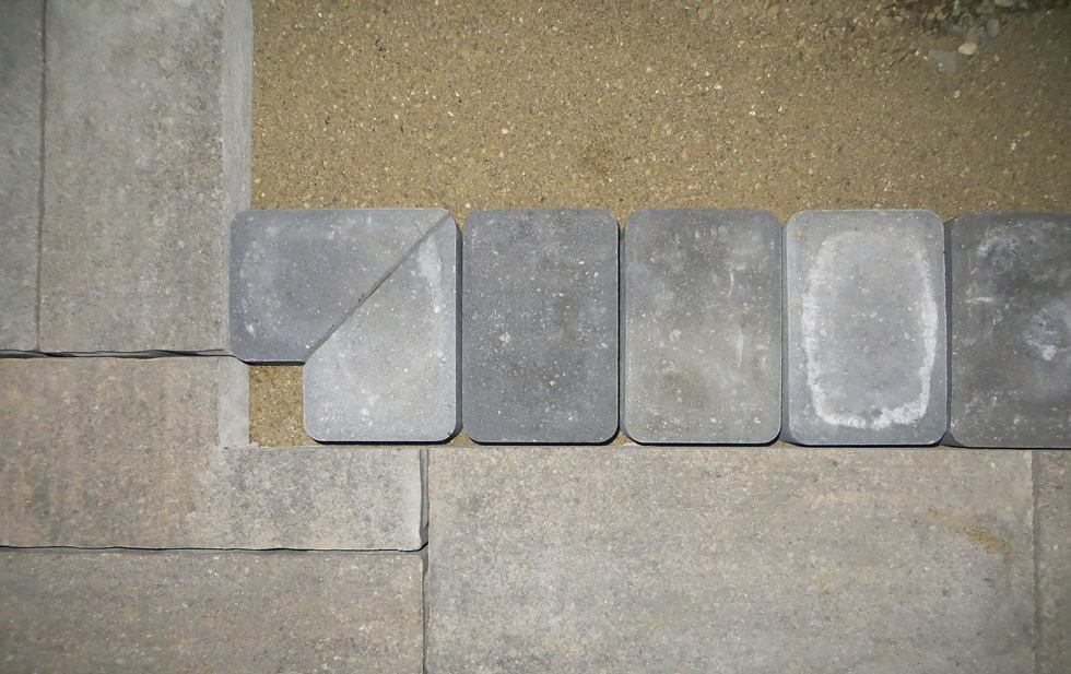 Paver and Soldier Course question-soldiercorner.jpg