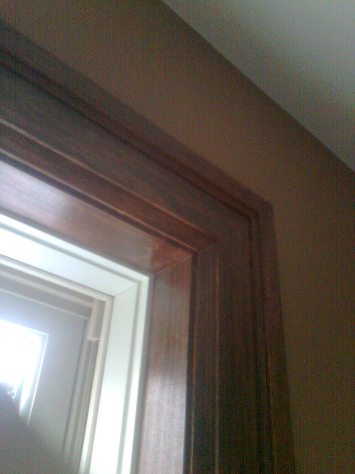 Baseboard joints in corners-stain1.jpg