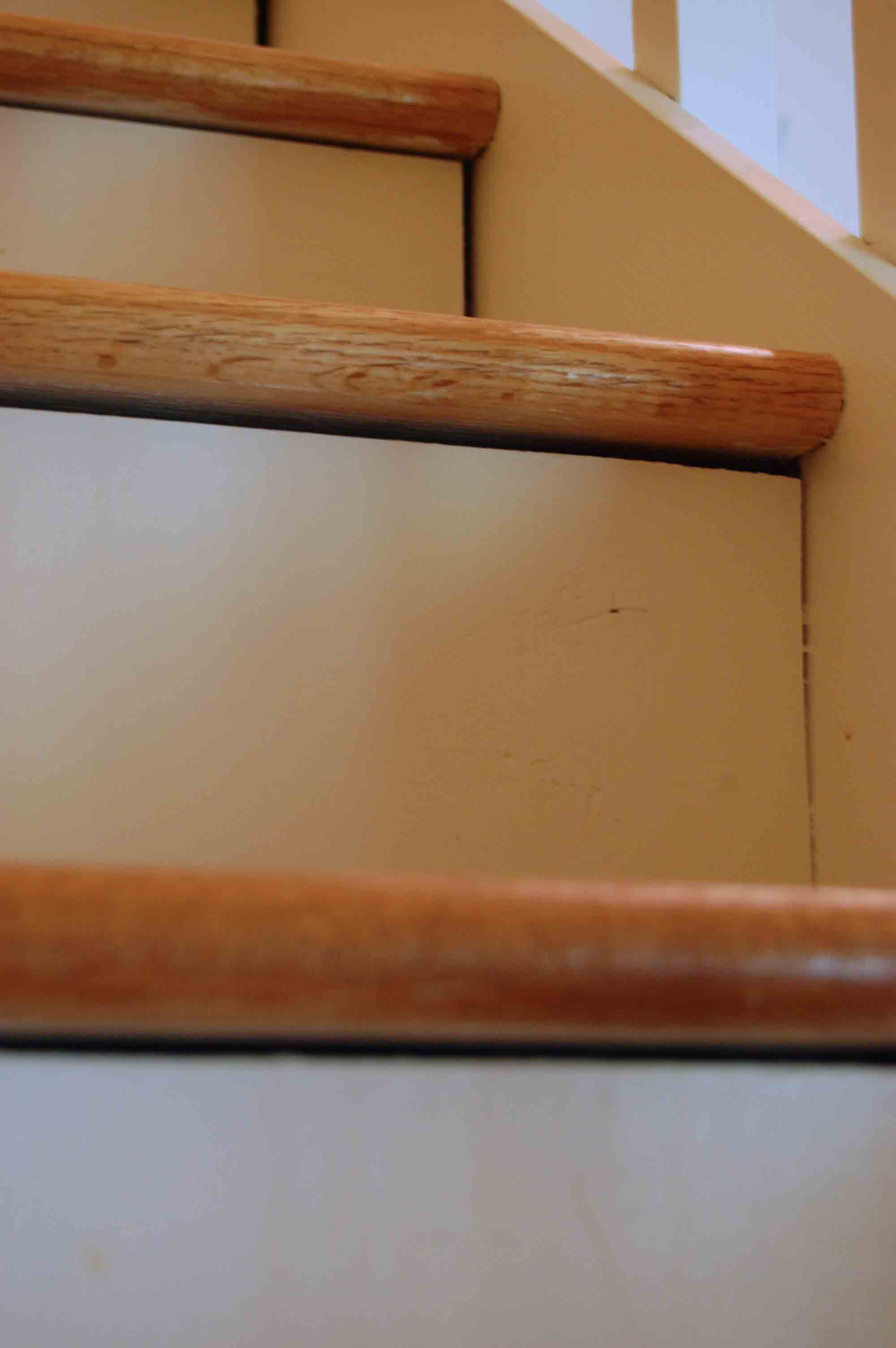 ... Fix Gaps In Stairs Stair Gap3 Diy
