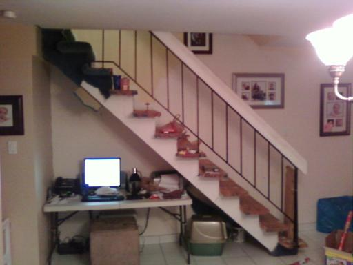 """Converting an open staircase to a """"closed"""" staircase?-stairs-2.jpg"""