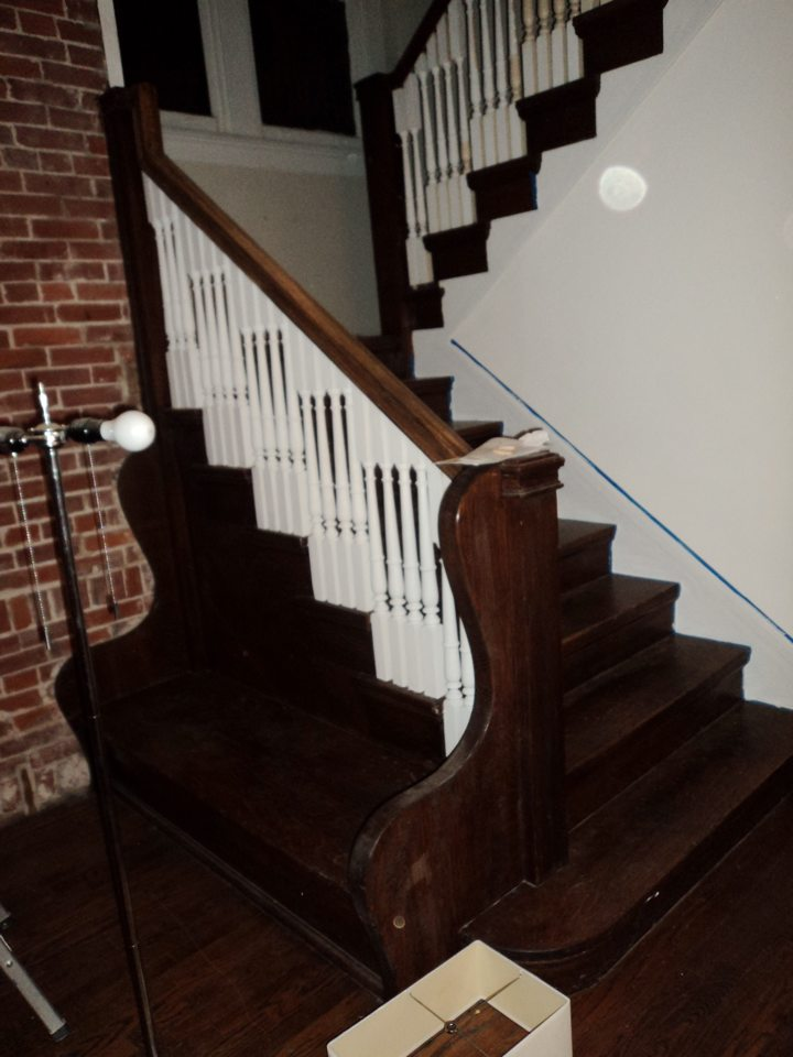 Changing color of existing finish on stairs-stairs.jpg