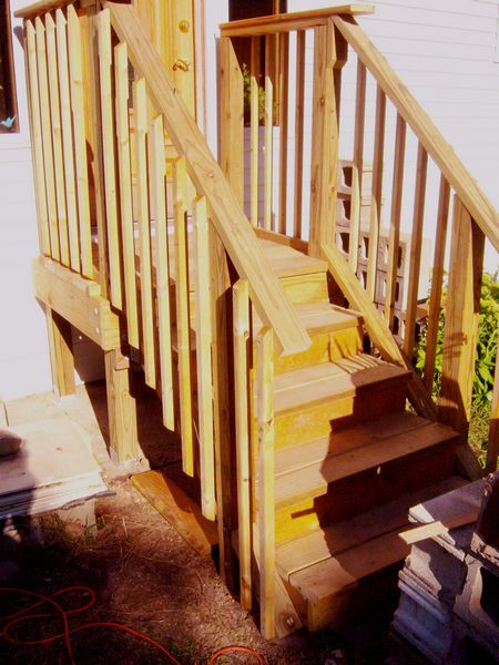 New porch/landing with balusters & rails.-steps2done.jpg