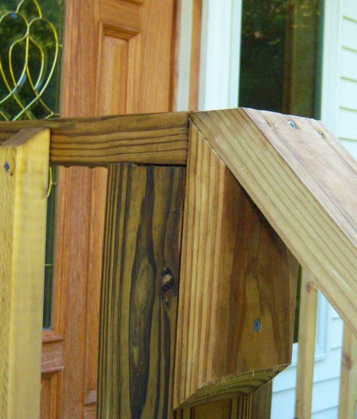 New porch/landing with balusters & rails.-steps2f.jpg