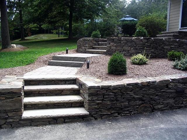 Cement Block Wall Footing-steptobe-small-.jpg