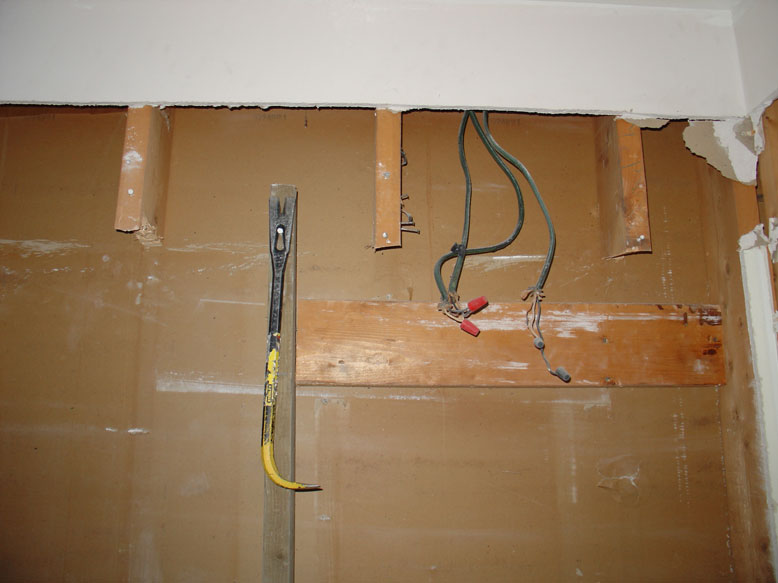 Attach drywall from behind?-studs.jpg