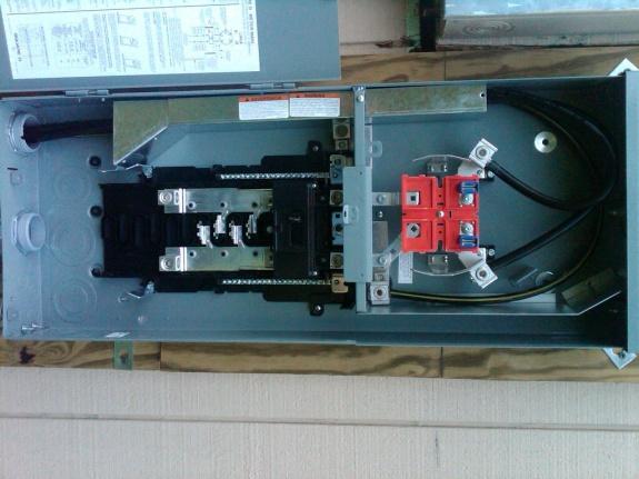 Square D Homelite Main Panel - Ground / Neutral Bonding-summerville-20120713-00935.jpg