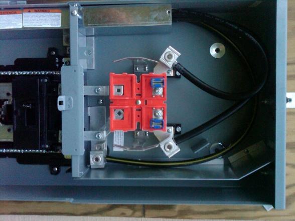 Square D Homelite Main Panel - Ground / Neutral Bonding-summerville-20120713-00936.jpg