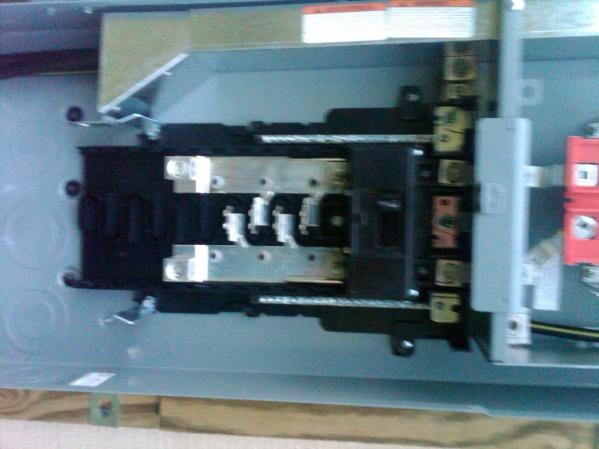 Square D Homelite Main Panel - Ground / Neutral Bonding-summerville-20120713-00937.jpg