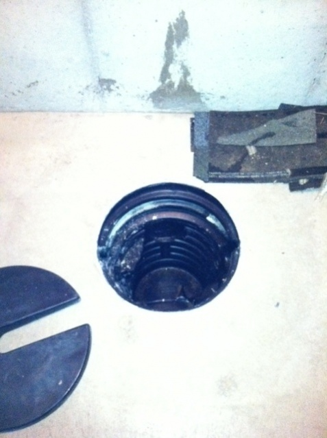 Sump pump pit never opened to ground water-sump-pit.jpg