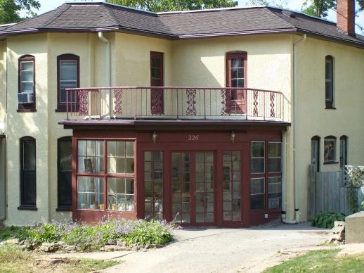 Walkable Roofing-sunroom-exterior-1.jpg