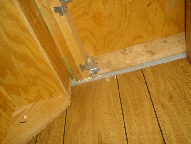 load bearing? I want to put in a pocket door under stairs-support3.jpg