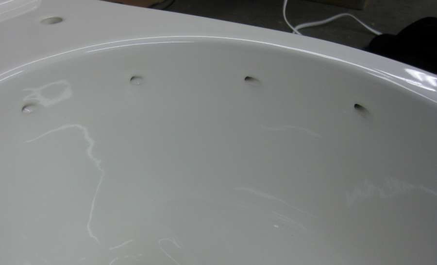 A close-up look at the Mansfield Cascade rimless toilet -PICS--t4.jpg