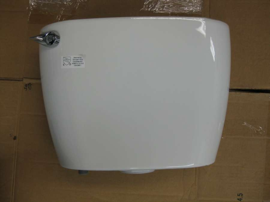 A close-up look at the Mansfield Cascade rimless toilet -PICS--t7.jpg