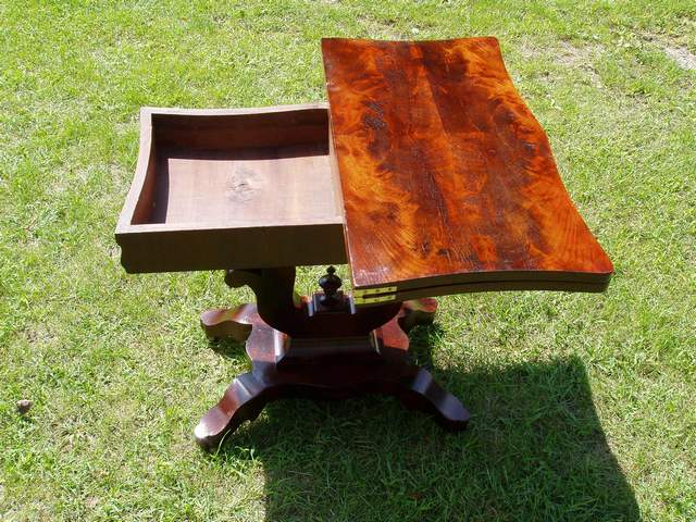 Unusual Antique Folding Table Refinish-table4af.jpg