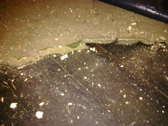 Black tar paper under linoleum-Asbestos concern?-tar-paper1.jpg