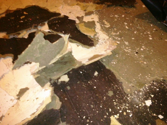 Black tar paper under linoleum-Asbestos concern?-tar-paper2.jpg