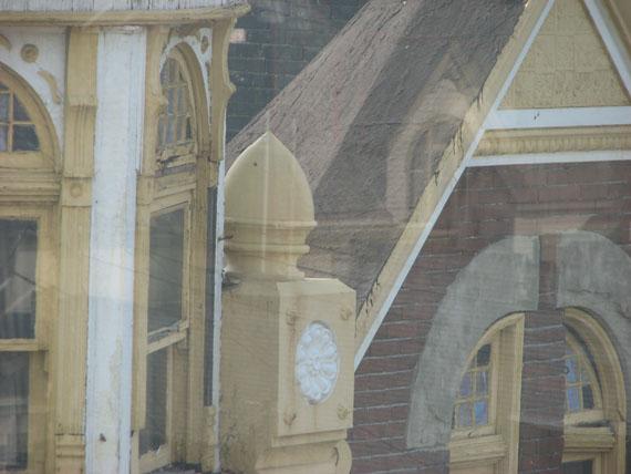 Re: old buildings-tbroof152-1-.jpg