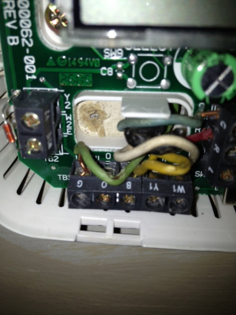 Bryant 80 series old model wiring problem-thermostat.jpg
