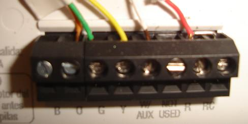 New Thermostat Wiring issue-thermostat2.jpg