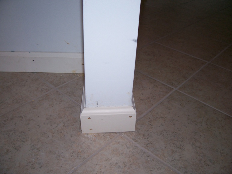 Baseboards Outside Corners-tile-floor-025.jpg