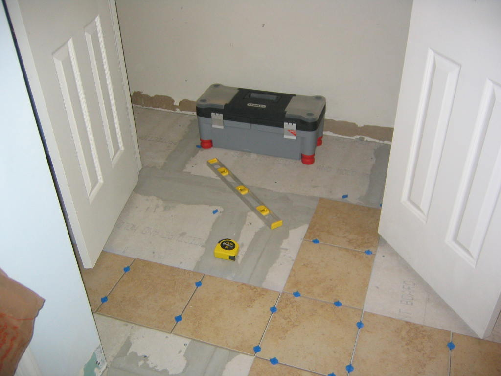Please help tile layout problems flooring diy chatroom home please help tile layout problems tile problems 005g dailygadgetfo Gallery